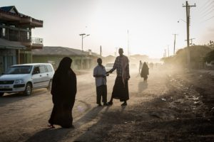 Mandera town is home to a large population of ethnic Somali Kenyans with family and business ties across the border in Somalia. © Will Swanson for The Washington Post and The Pulitzer Center for Crisis Reporting